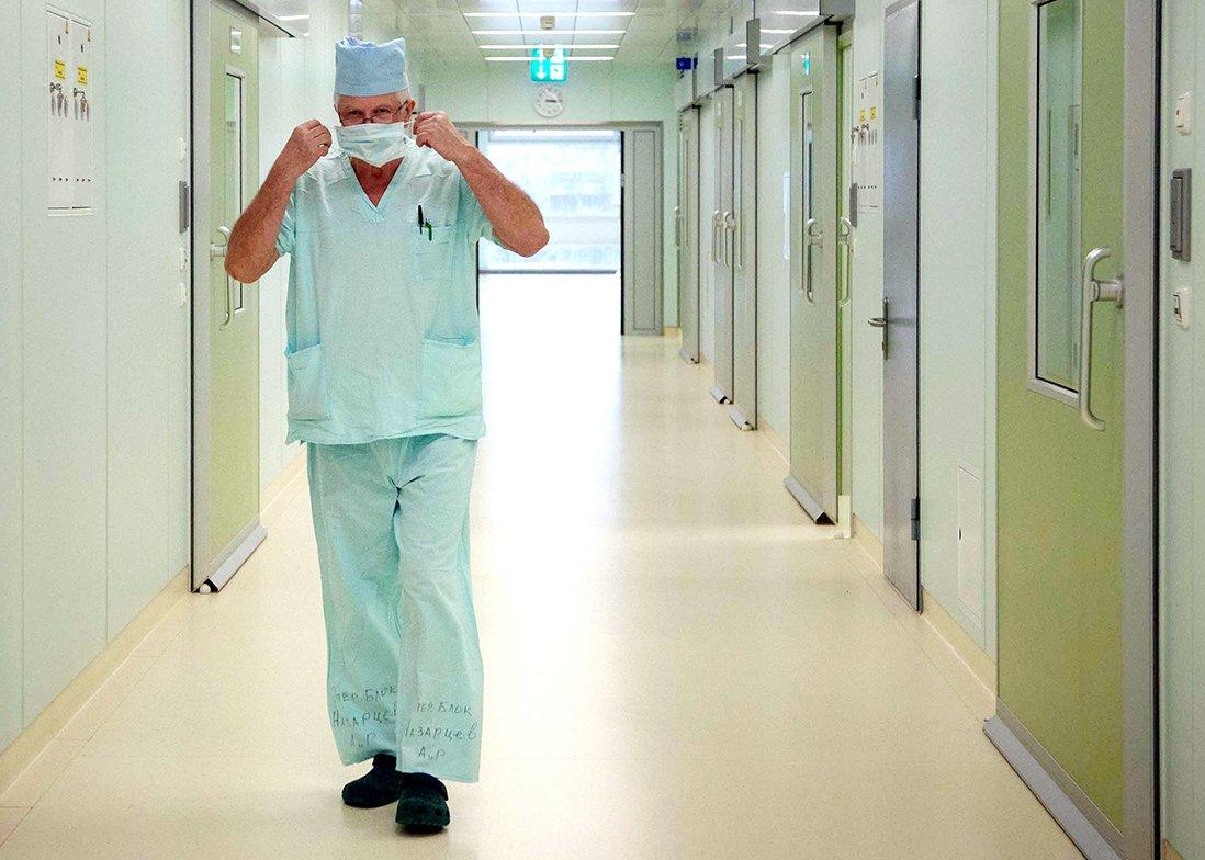 изображение больничного лифта