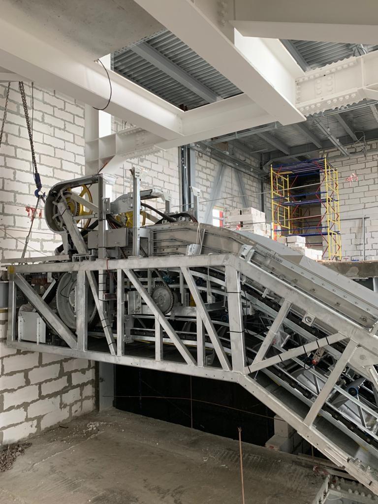 изображение монтаж установка эскалатора в здании